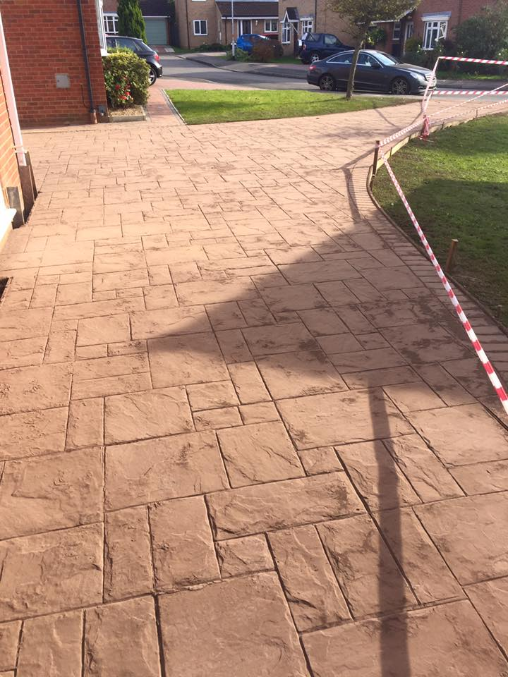Northants Concrete Driveway Kettering Wellingborough Milton Keynes Corby Bedford